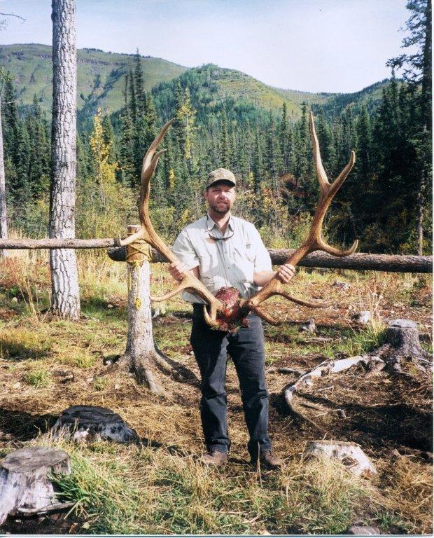 elk hunting,hunt elk,hunting guides,hunting outfitters